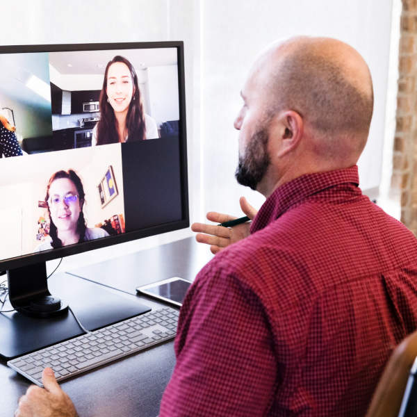 How to Inspire Creativity with Virtual Working Groups